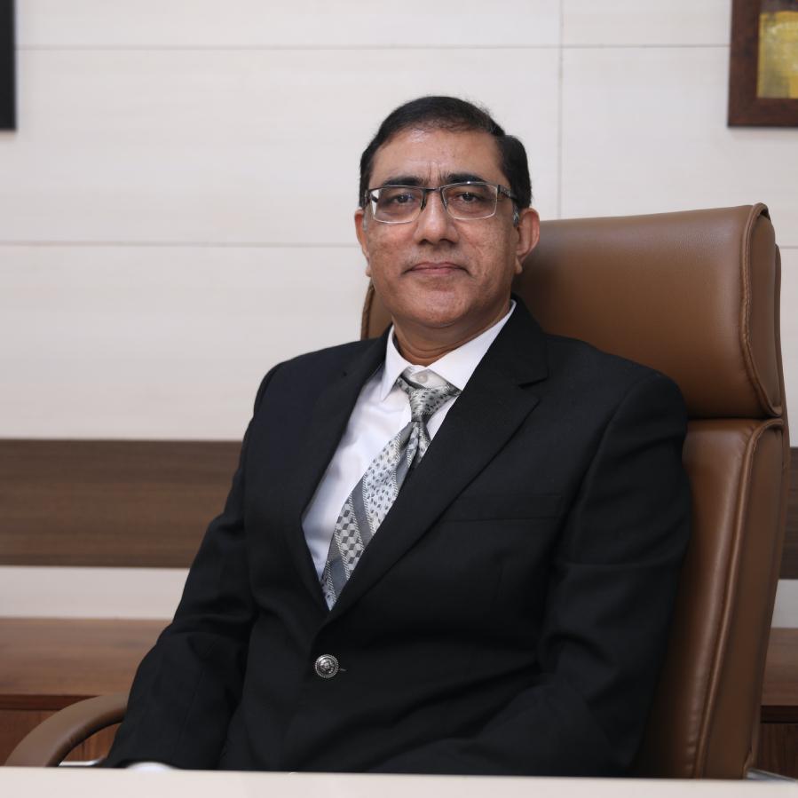 MAX_2708-Dr-Bharat-Desai.jpg